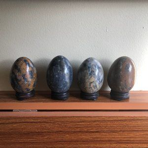 Marble Stone Alabaster Eggs Set of 4 wood stands